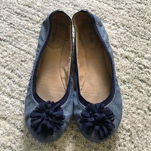 Bandolino // Blue Pom Pom Flats Size 10